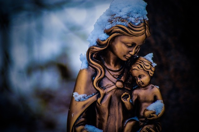 mother-mary-3405282_960_720